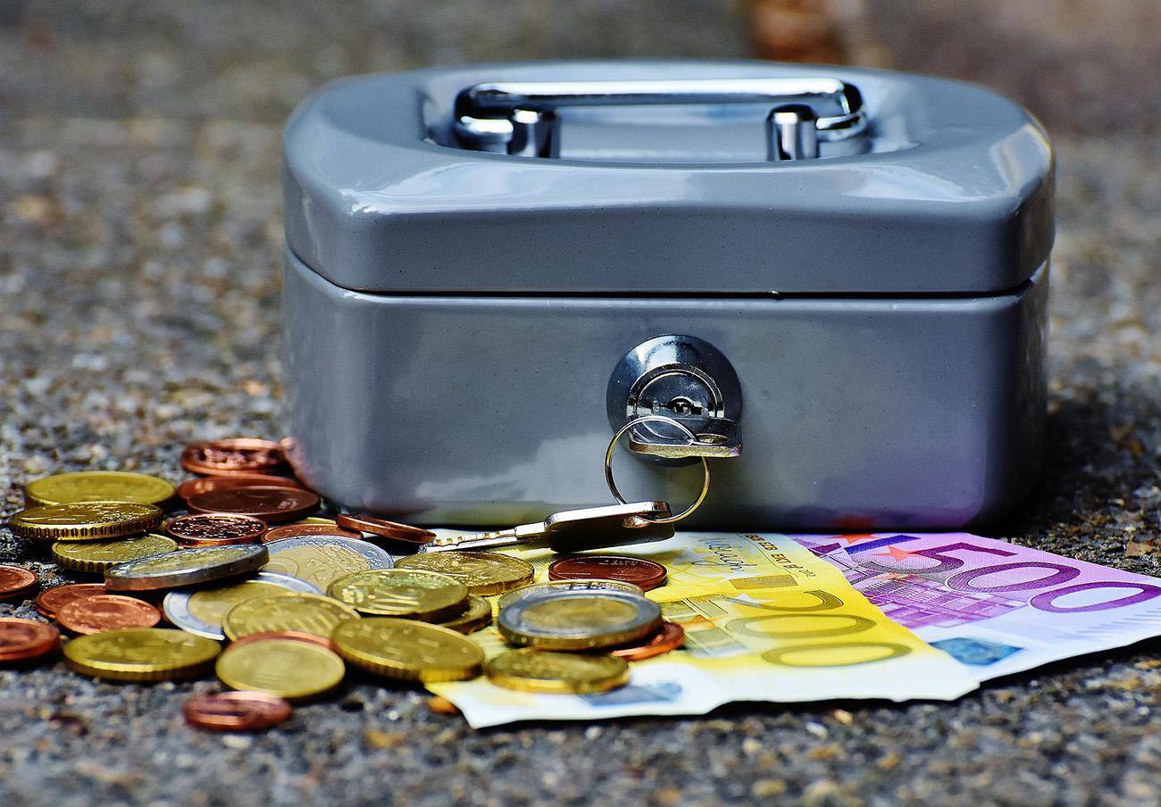 La CNMV advierte de nueve 'chiringuitos financieros' en Italia, Reino Unido, Malta y Bélgica