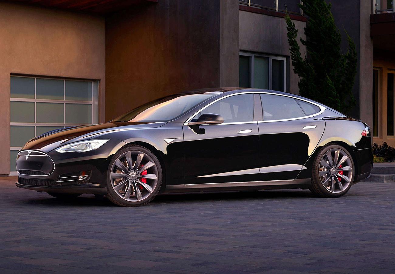 Tesla llama a revisión a 53.000 vehículos en todo el mundo por un problema en el freno de mano