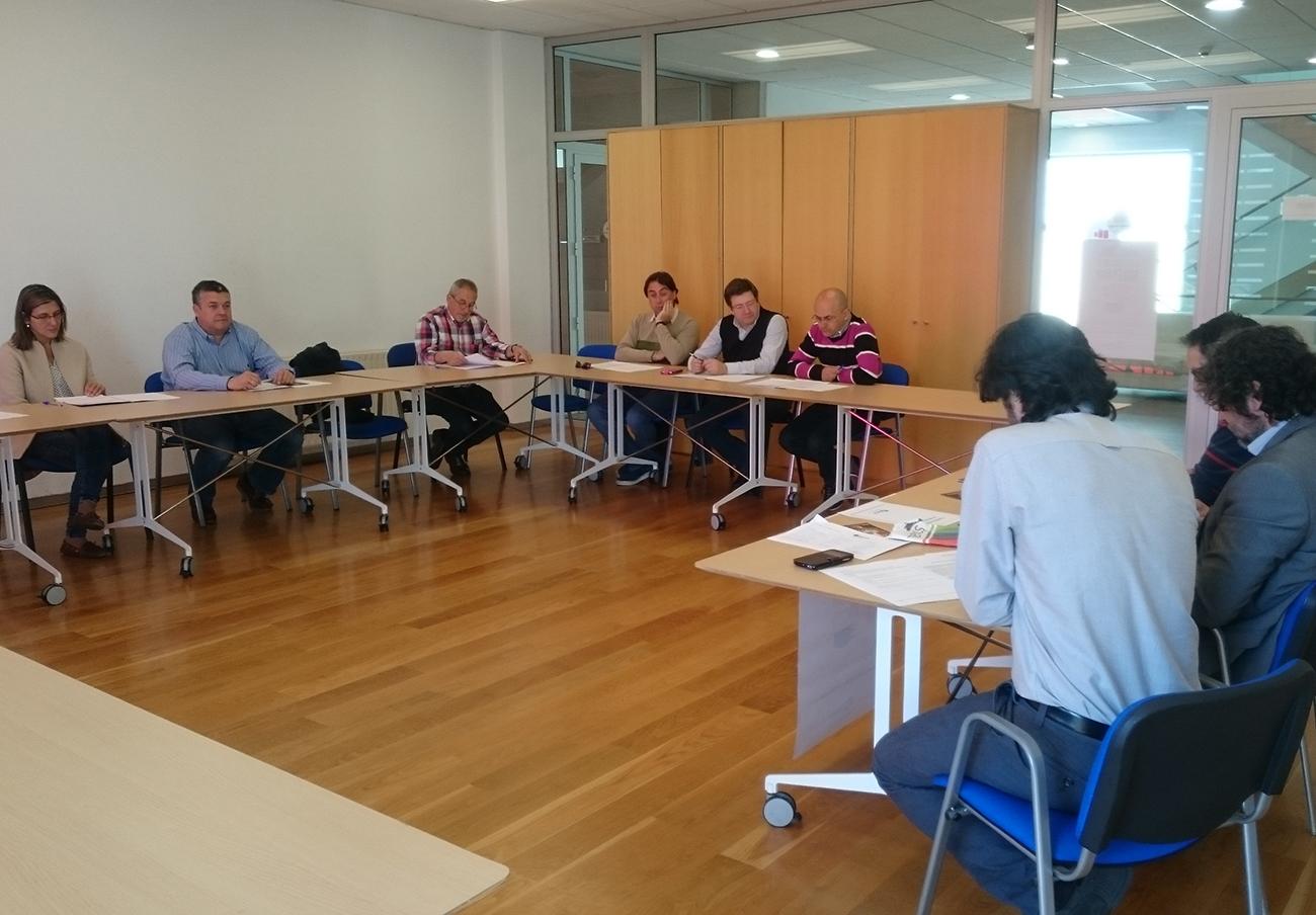 Primera Asamblea de Socios de FACUA Galicia.