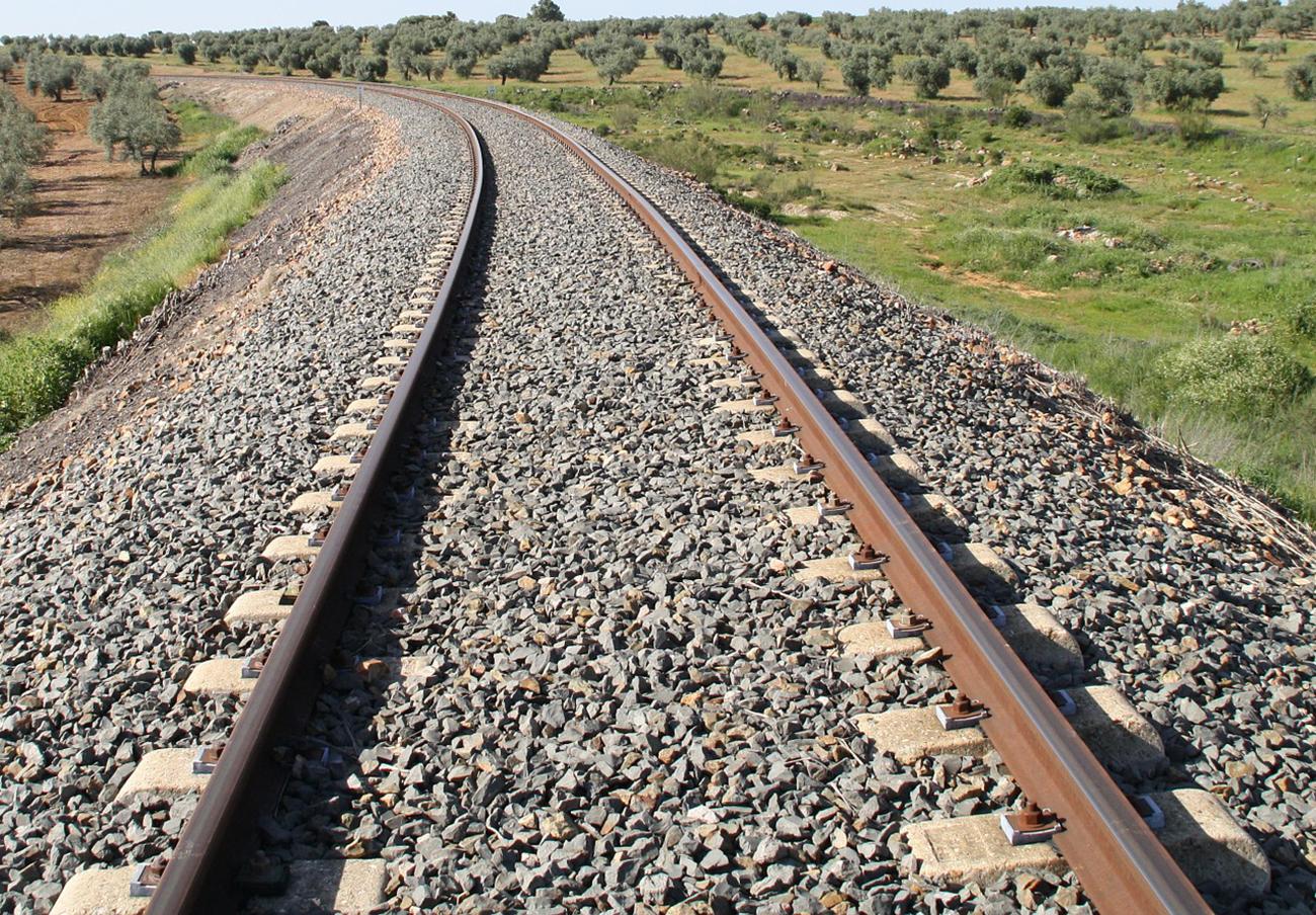 FACUA Cádiz llama a participar en la manifestación para exigir la modernización de la línea férrea