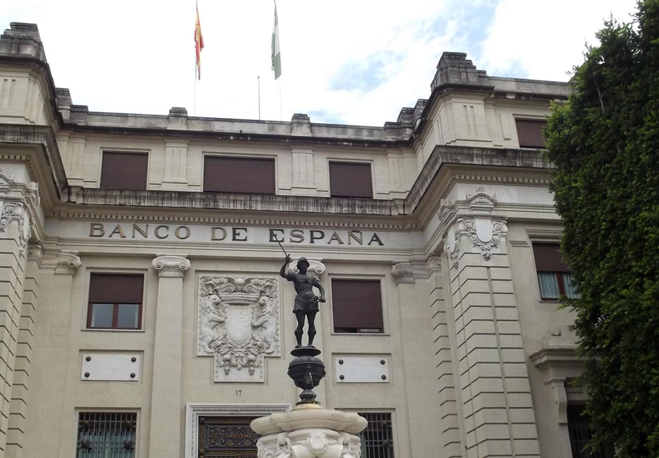 FACUA critica que se oculten los nombres de los cuatro bancos multados en 2016 por el Banco de España