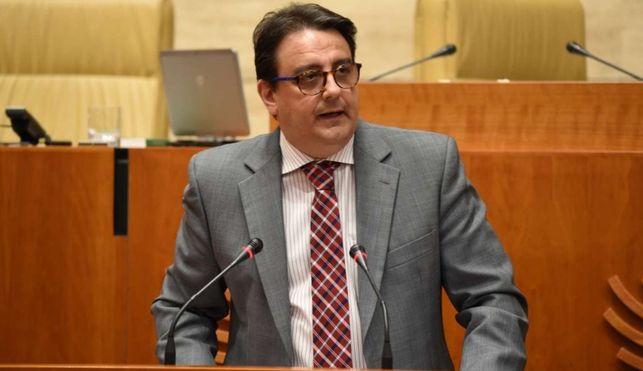 FACUA denuncia las difamaciones lanzadas por el consejero de Sanidad en la Asamblea de Extremadura