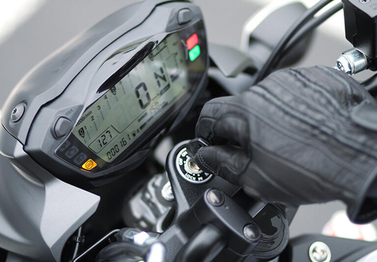 FACUA alerta de la llamada a revisión de las motos Suzuki SV650 por un fallo en la detección de averías