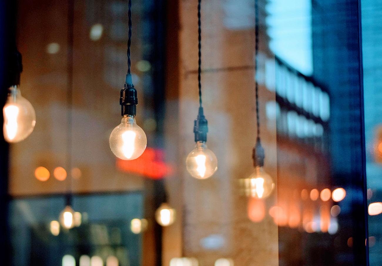 La luz vuelve a subir en mayo: el recibo del usuario medio será un 18,2% más caro que hace un año