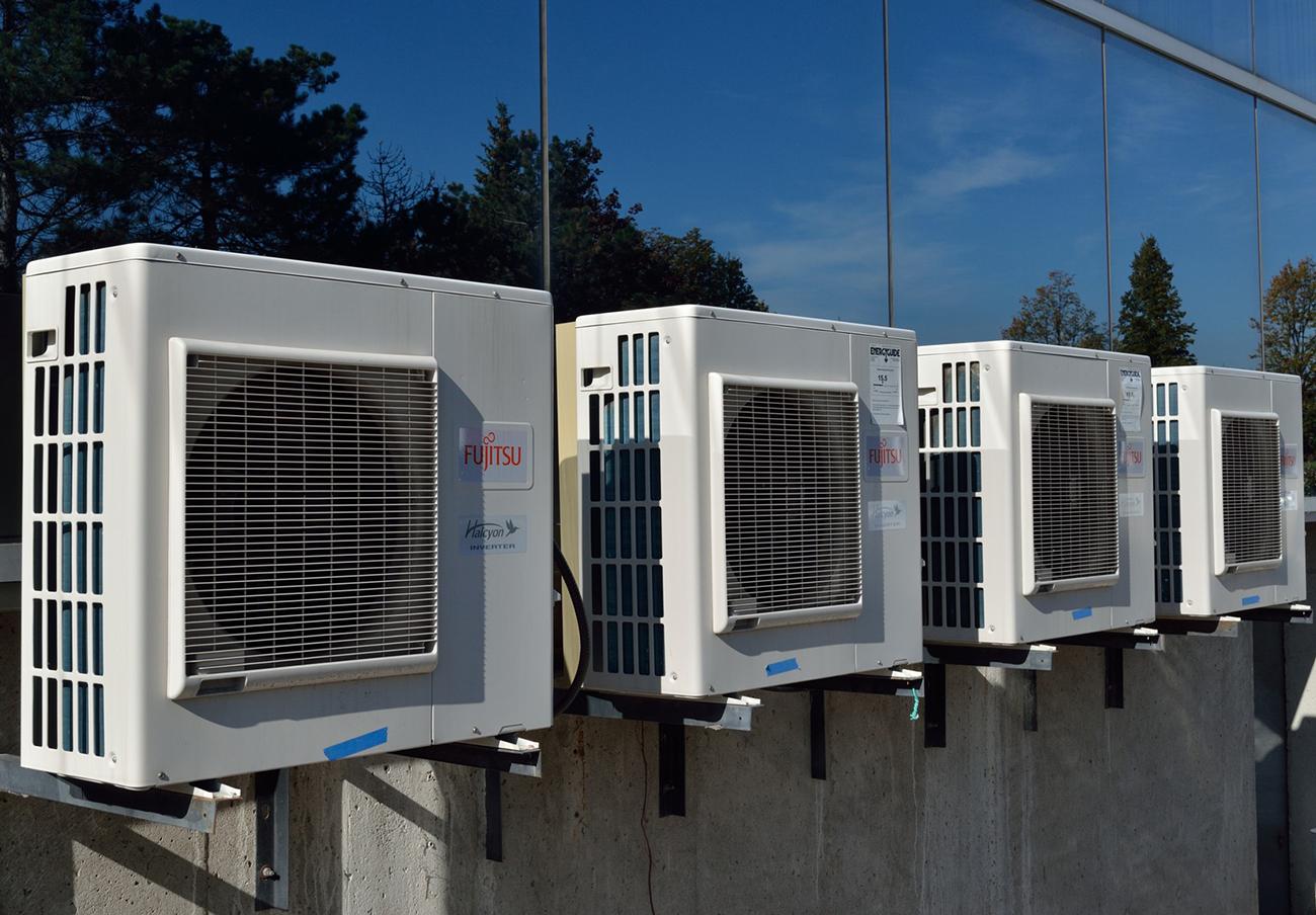 FACUA Andalucía insta a la Junta a que garantice condiciones de climatización óptimas en los colegios