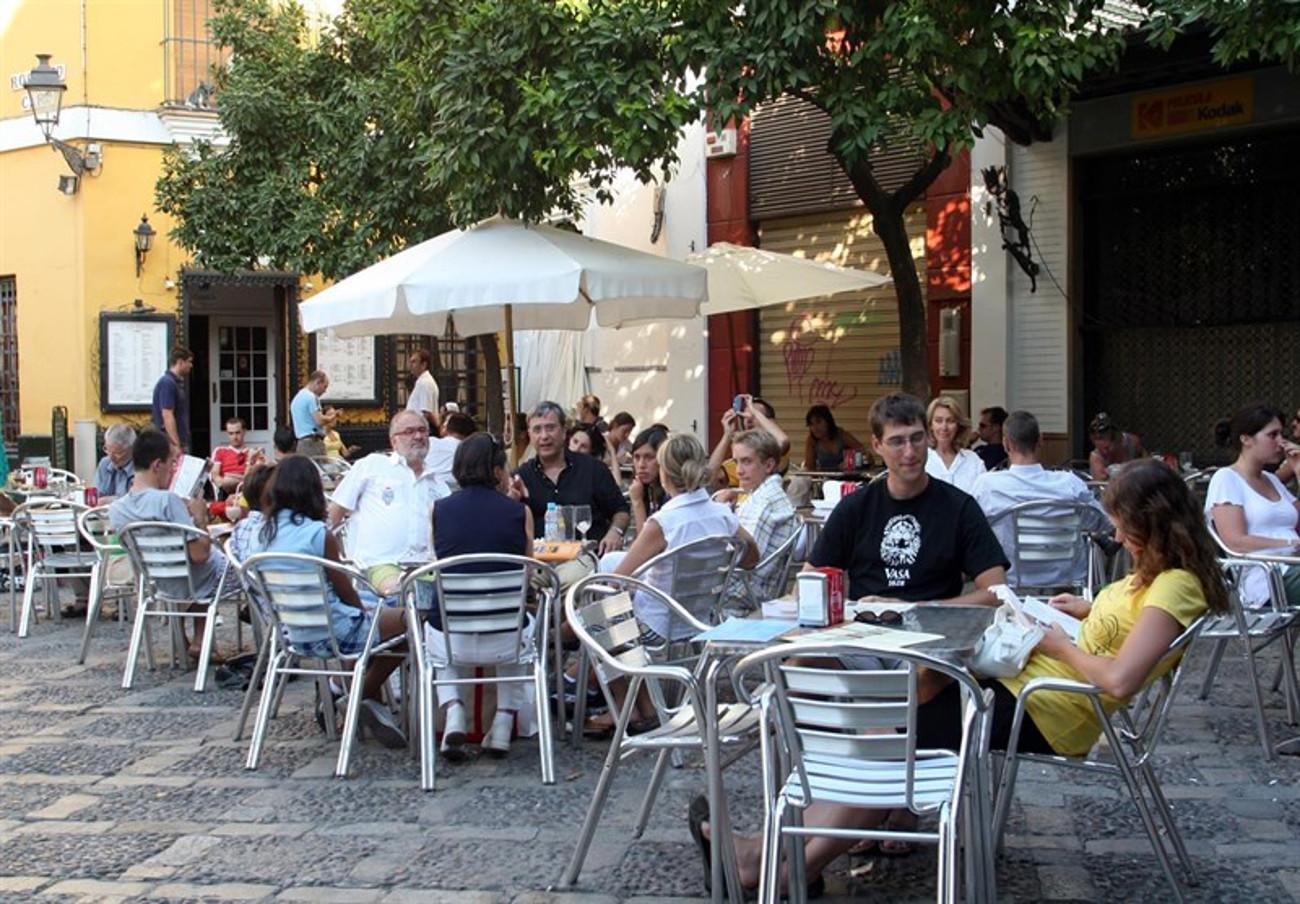 FACUA Sevilla pide al Ayuntamiento de Dos Hermanas que arregle los problemas de tránsito en la Avenida de España
