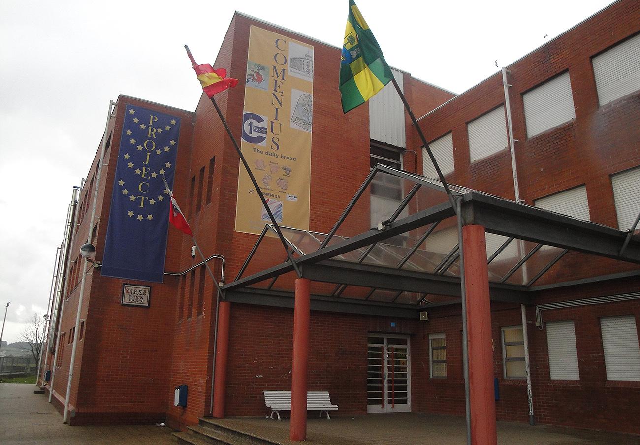 FACUA pide una solución inmediata al hacinamiento del IES Valentín Turienzo de Colindres (Cantabria)