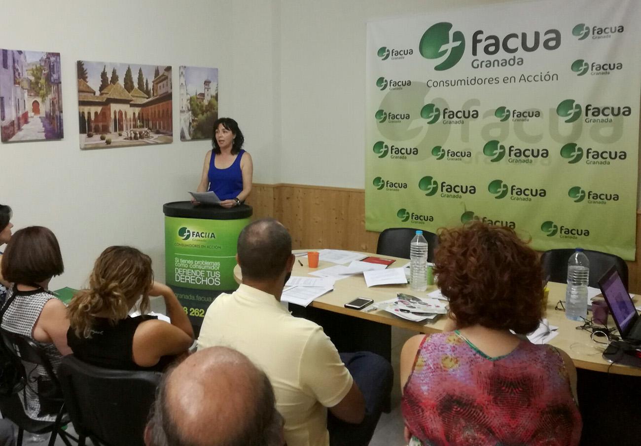 La Asamblea de socios de FACUA Granada elige a María del Mar Solera nueva presidenta de la asociación