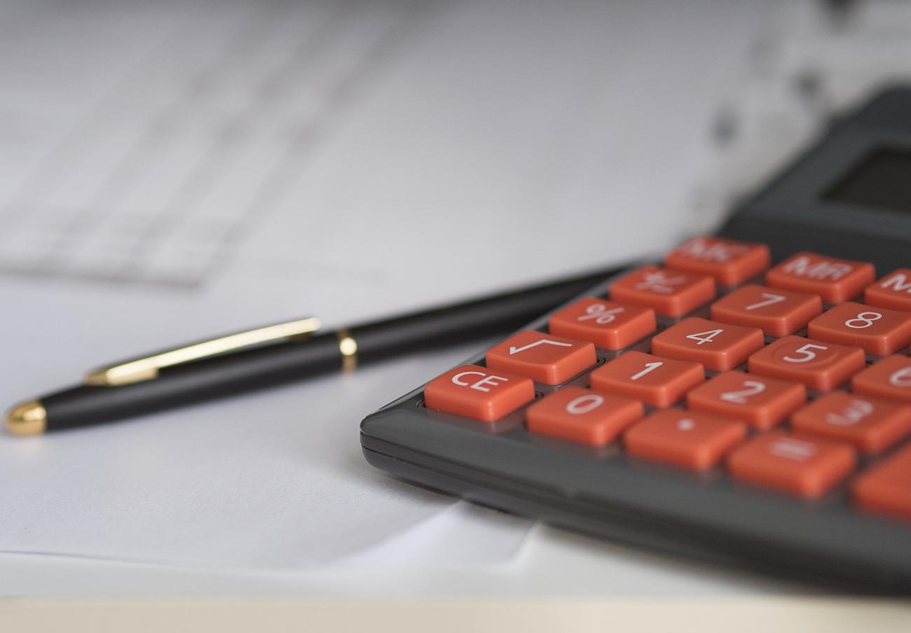 La CNMV advierte sobre siete firmas no autorizadas para prestar servicios de inversión