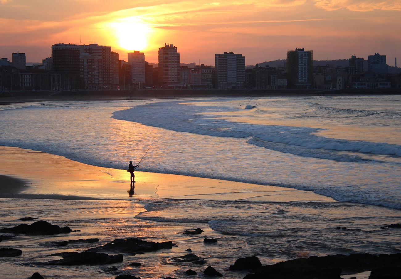 FACUA reclama al Ayuntamiento de Gijón que concrete los plazos de las obras del Polígono de Pumarín