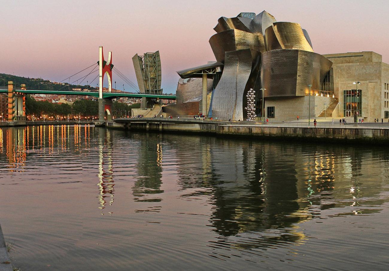FACUA Euskadi pide al Gobierno Vasco que promueva la mejora de la calidad del agua de la Ría de Bilbao