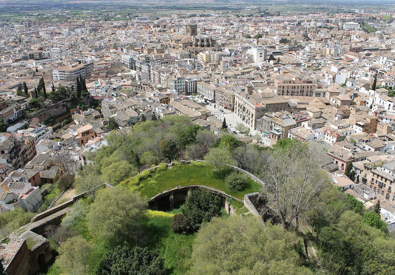 FACUA pide al Ayuntamiento de Granada que elimine el coste de las llamadas realizadas al servicio 010