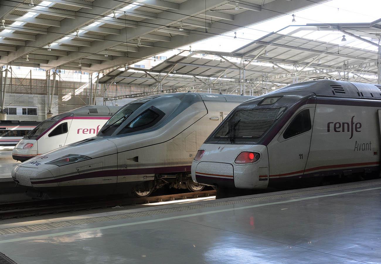FACUA insta a los usuarios de Renfe a reclamar compensaciones en los trayectos sin aire acondicionado