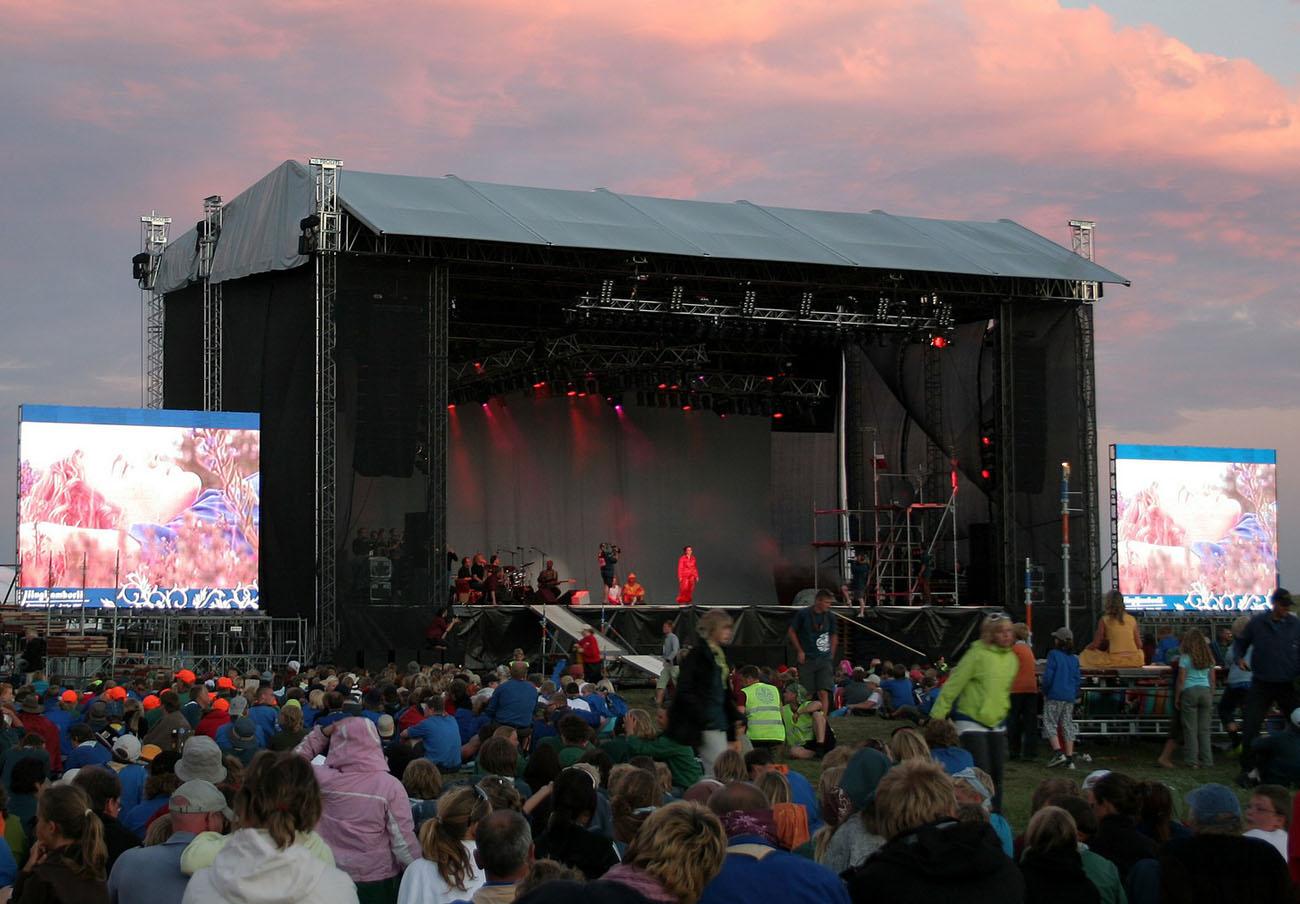 FACUA denuncia al festival Extremúsika por imponer posibles condiciones abusivas a los asistentes