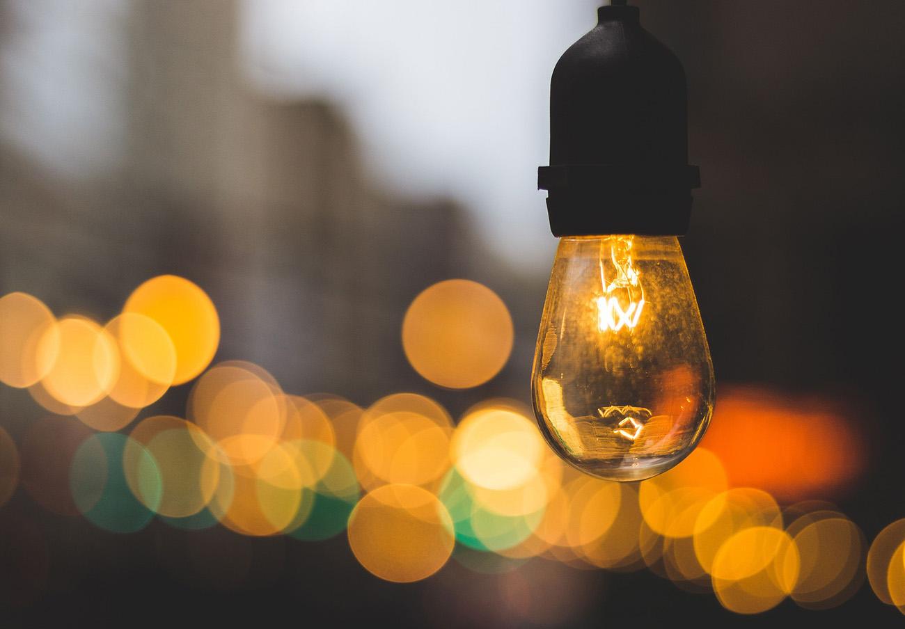 El recibo de la luz de julio, un 9,1% más caro que hace doce meses, según el análisis de FACUA