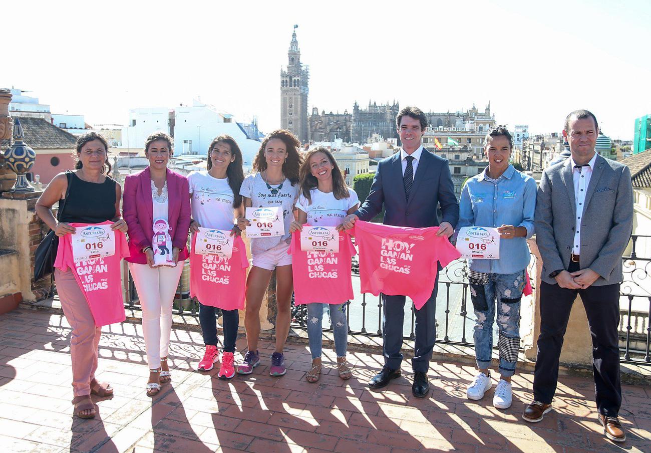 El Ayuntamiento de Sevilla promocionó la suspendida Carrera de la Mujer pese a que no la autorizó