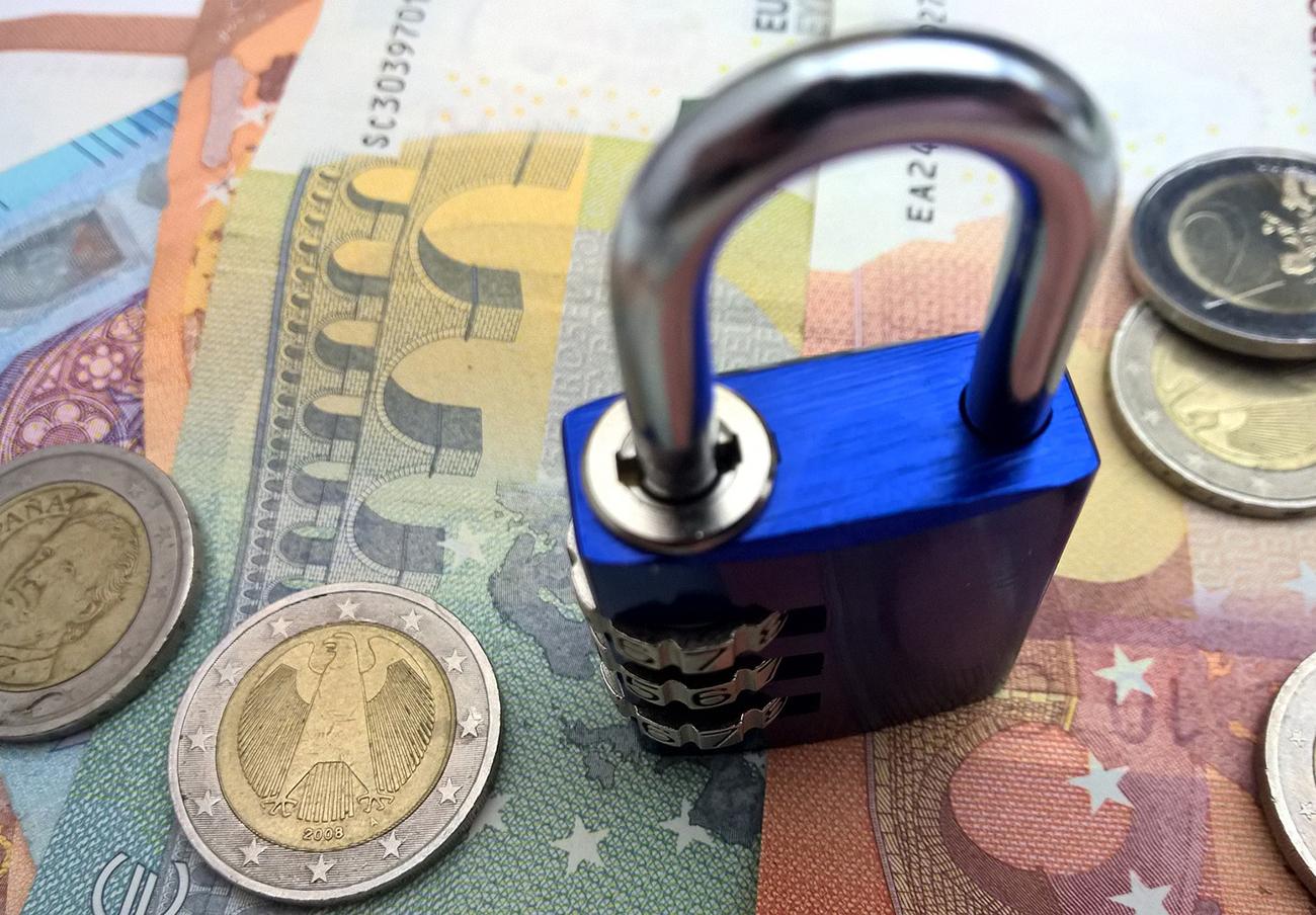 Bancos ocultan la existencia de seguros de vida para reclamar a herederos el pago de sus hipotecas