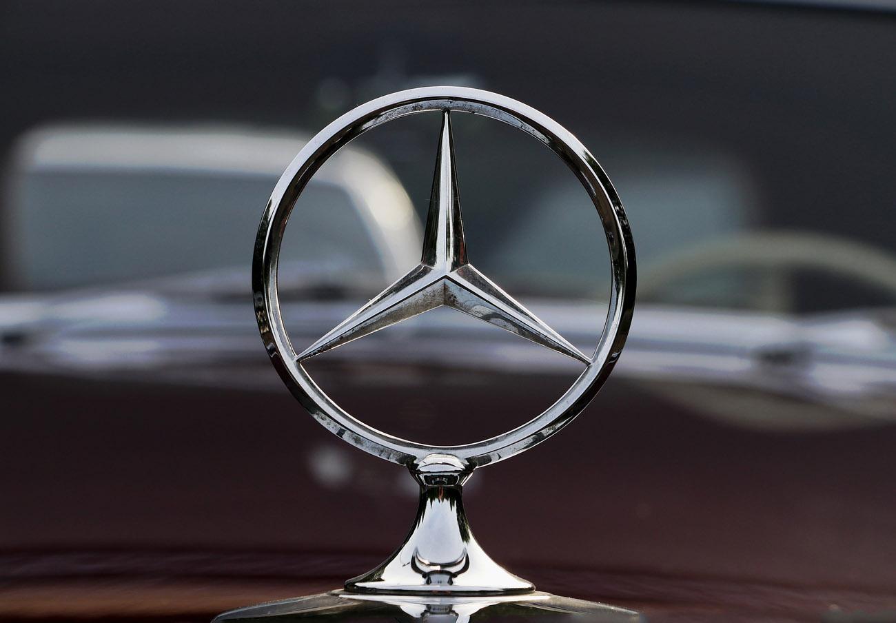 Mercedes llama a revisión más de 350.000 vehículos en China tras detectar problemas en los airbags