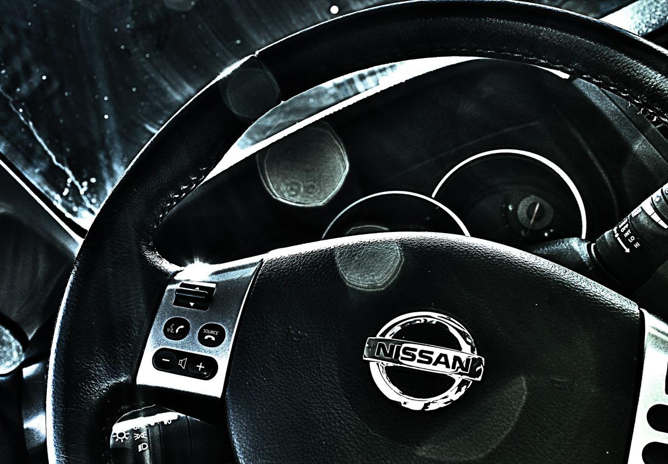 FACUA alerta de la llamada a revisión de varios vehículos Nissan por problemas en sus airbags