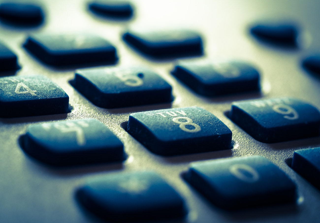 FACUA insta a la Seguridad Social a eliminar de una vez sus líneas 901 de atención a los ciudadanos
