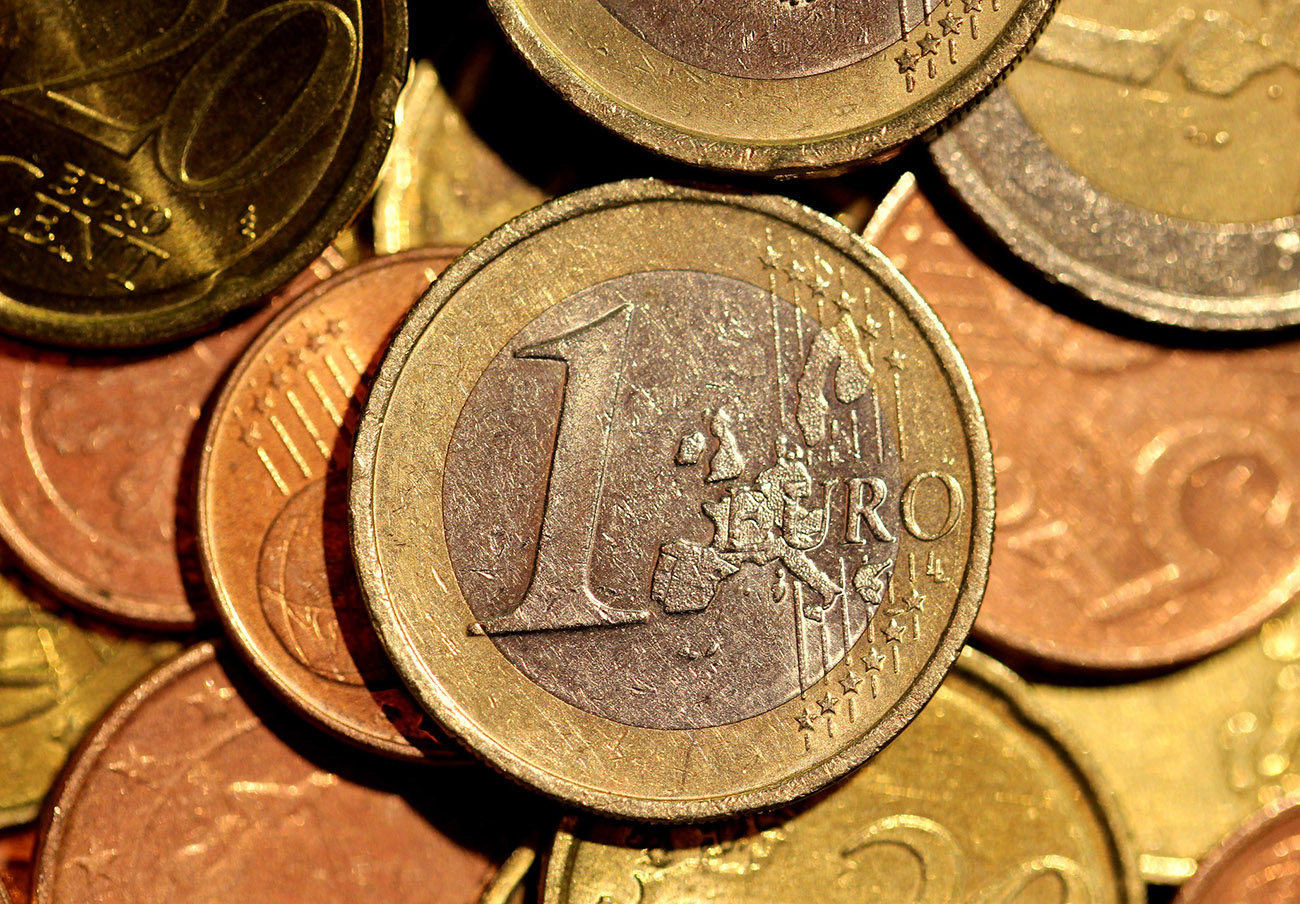 BBVA devuelve 300 euros en comisiones a una socia de FACUA: abrió su cuenta sólo para pagar la hipoteca
