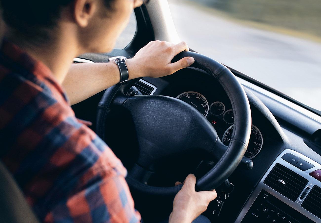El Tribunal Supremo avisa de que conducir con el carnet sin puntos es delito