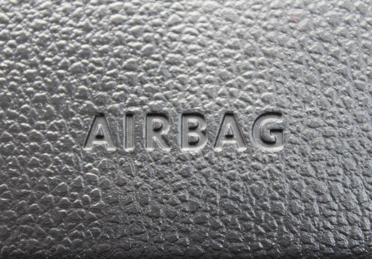 Bruselas multa con 34 millones a proveedores de airbags y otros dispositivos por pactar precios
