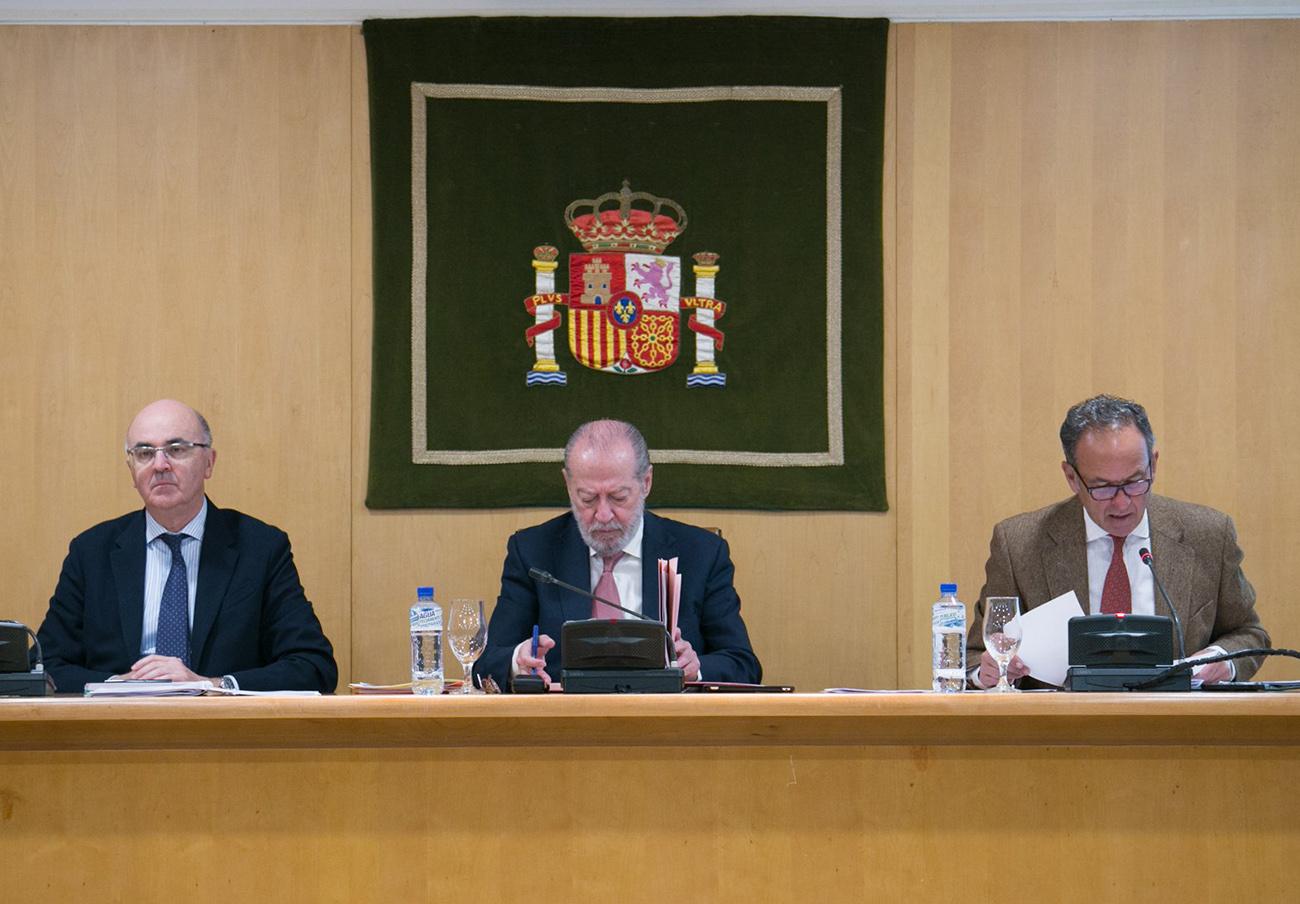 La Diputación de Sevilla aprueba no destinar ni un euro en 2018 a la defensa de los consumidores