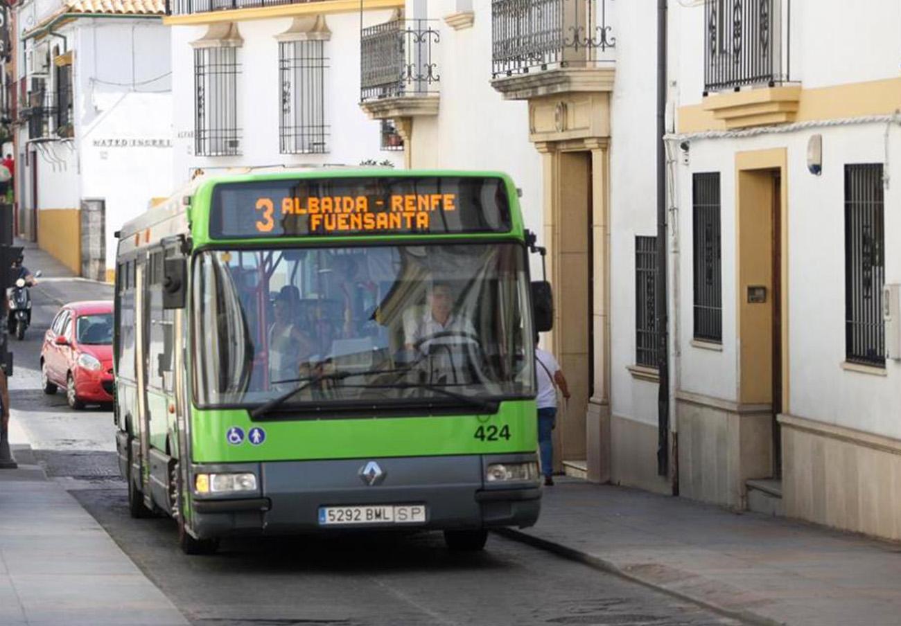 FACUA Córdoba reclama soluciones ante la huelga de autobuses y critica la ofuscación del Ayuntamiento