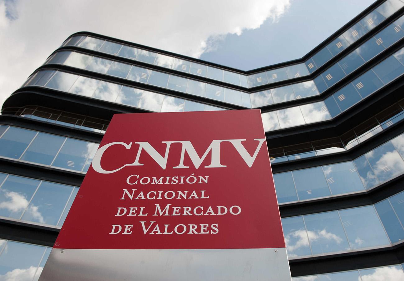 La CNMV advierte sobre cuatro sociedades no autorizadas para prestar servicios de inversión en España