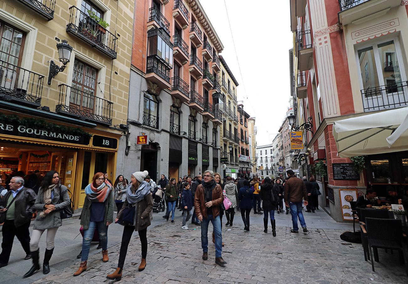 FACUA Madrid pide participar en el proceso de regulación de Carmena a los alquileres de pisos a turistas