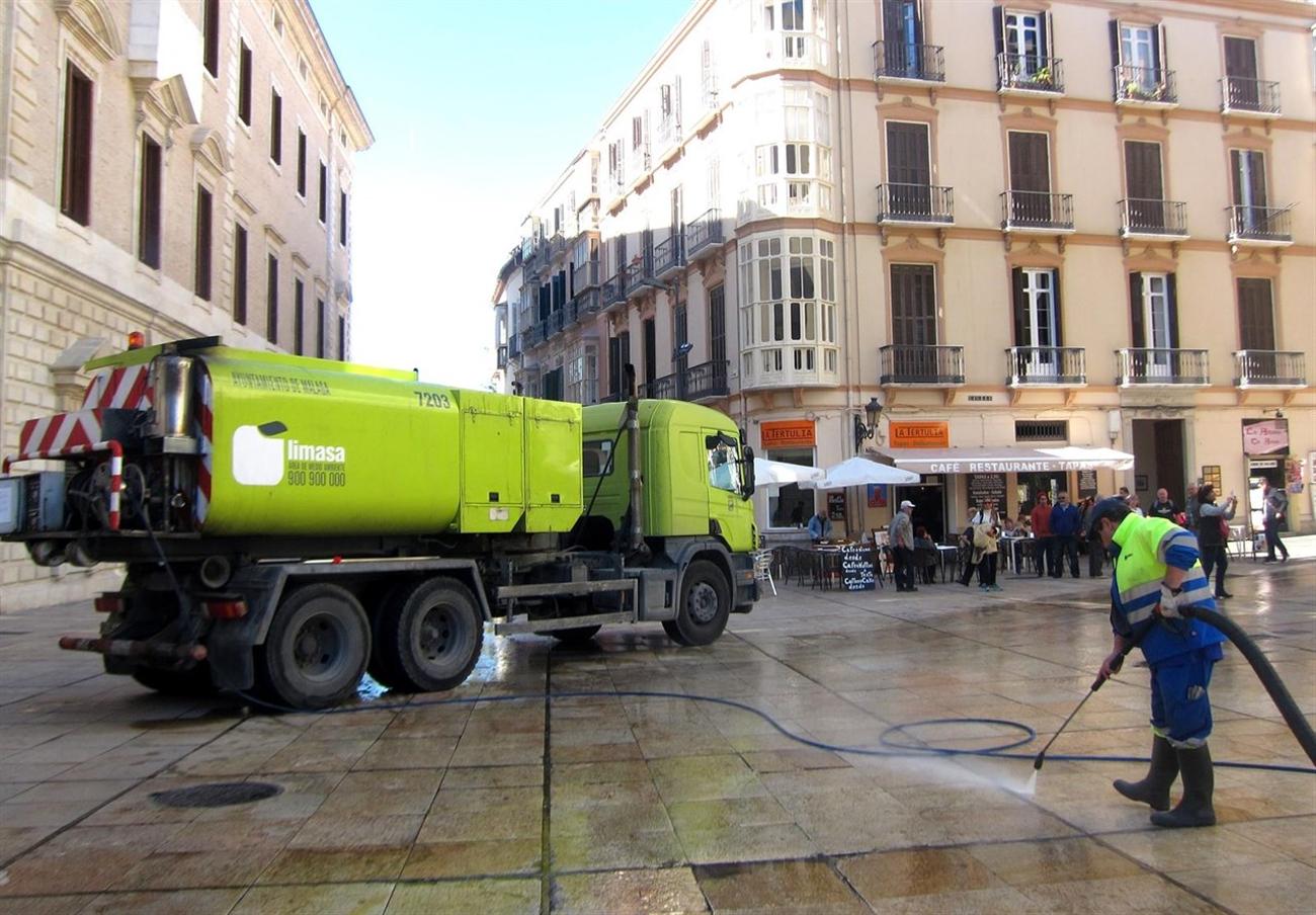 FACUA Málaga rechaza la privatización de la limpieza viaria en el Ayuntamiento de la capital