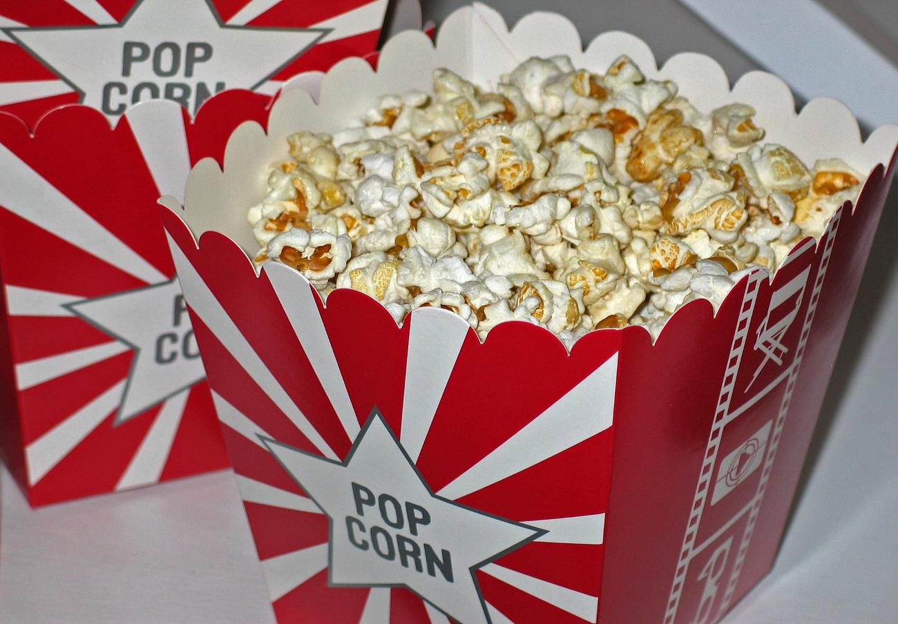 FACUA Comunidad Valenciana denuncia a Cines Lys por no permitir comida y bebida del exterior