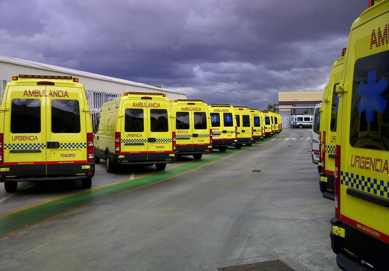 FACUA denuncia a Ambulancias Tenorio por tener una línea 902 para la atención al usuario