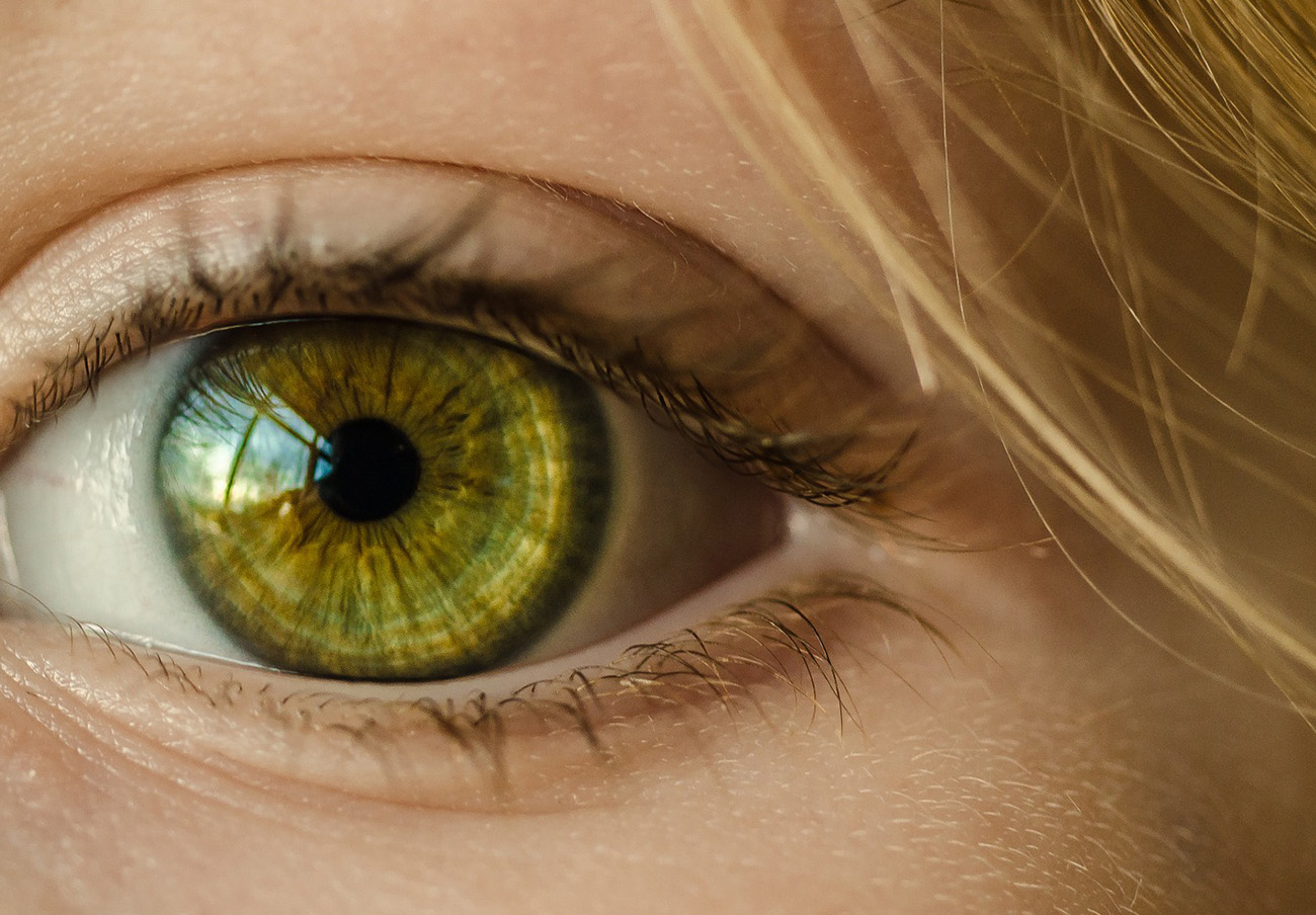 FACUA alerta de la retirada de un lote de lentillas 1-Day Acuvue Moist fabricadas por Johnson & Johnson