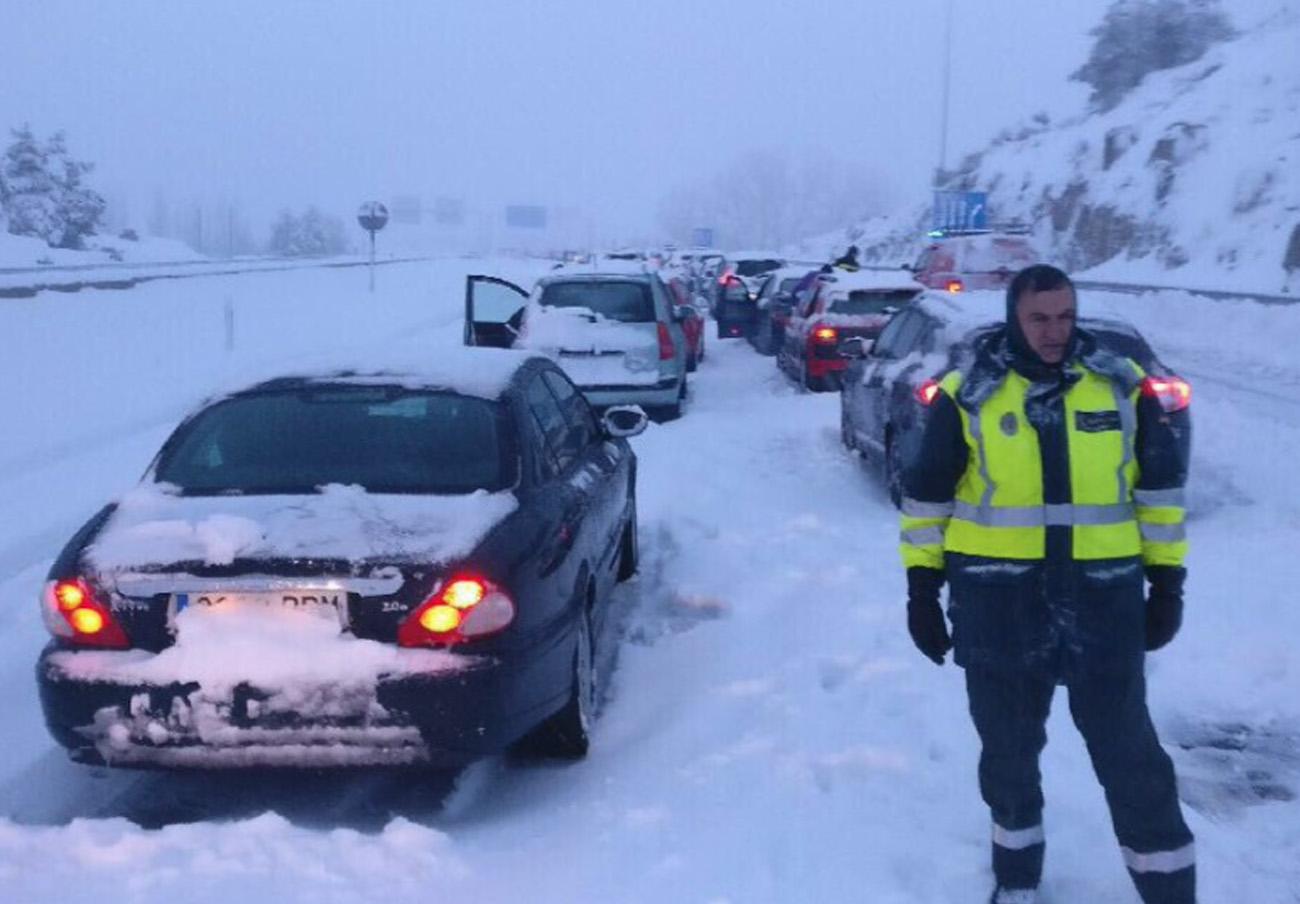 FACUA insta a la concesionaria de la autopista, Fomento e Interior a que asuman sus responsabilidades