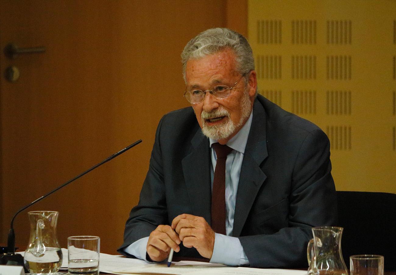 El Defensor del Pueblo Andaluz reclama más personal en los Servicios de Consumo de la Junta de Andalucía