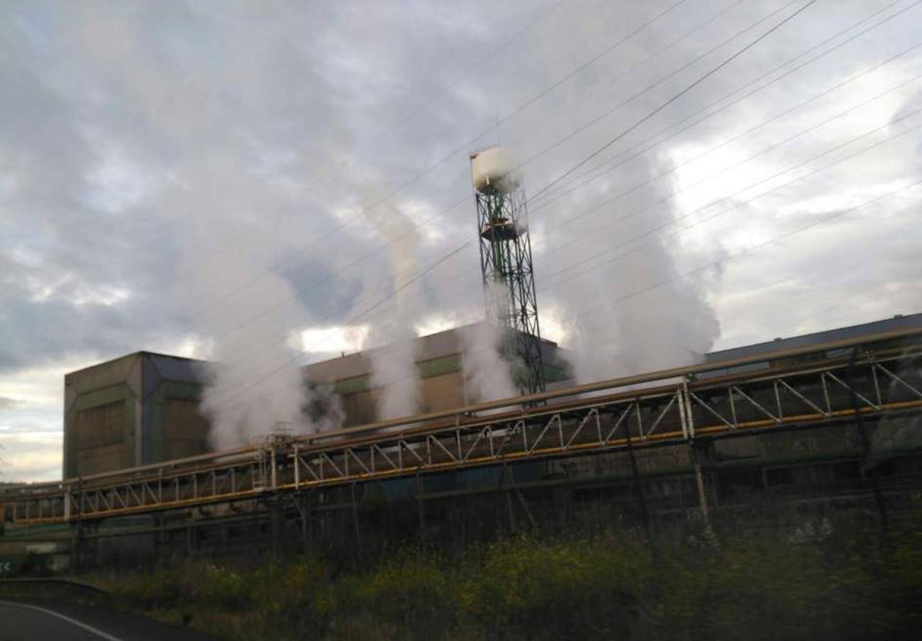 FACUA exige a Medio Ambiente de Asturias una respuesta inmediata por las nubes de contaminación en Avilés