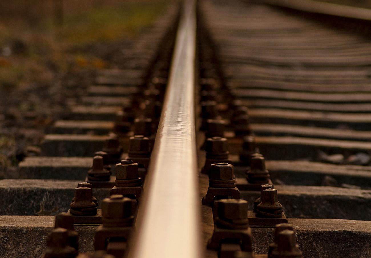 La CNMC amplía a Isolux el expediente sancionador por el cártel de electrificación ferroviaria