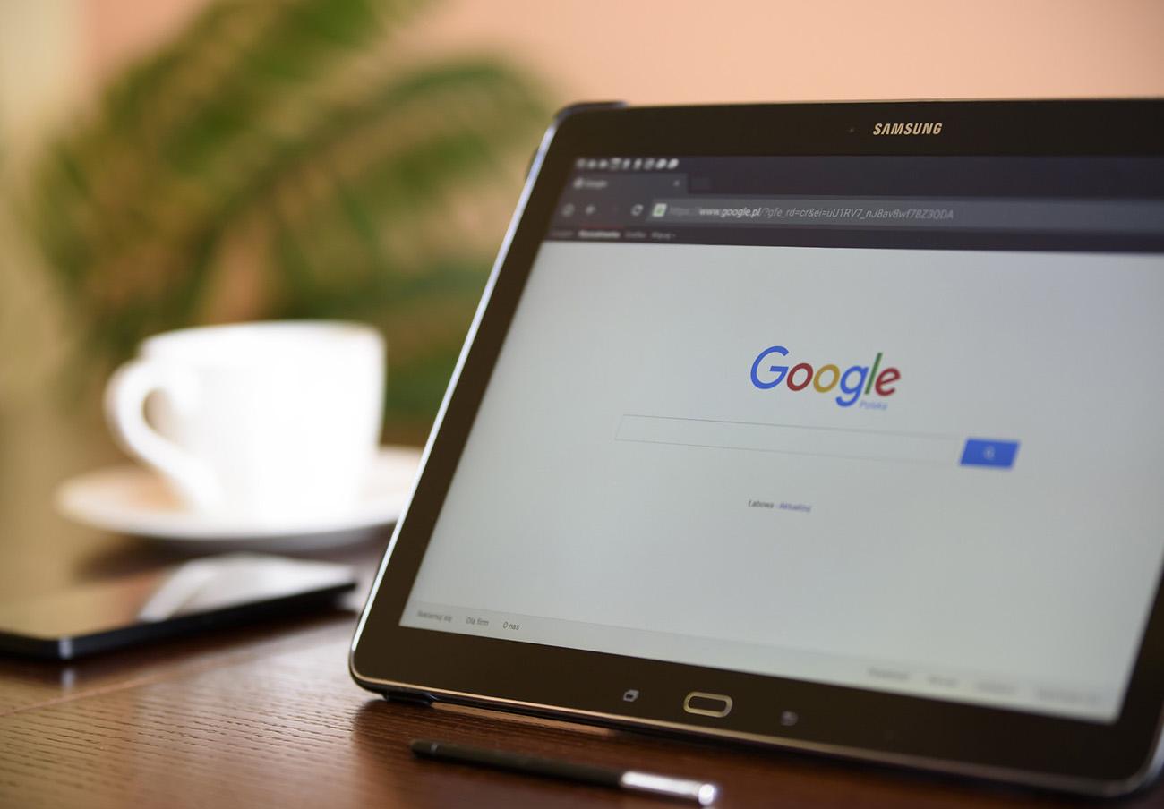 FACUA denuncia a Google ante la AEPD por la filtración de datos de usuarios de Google+