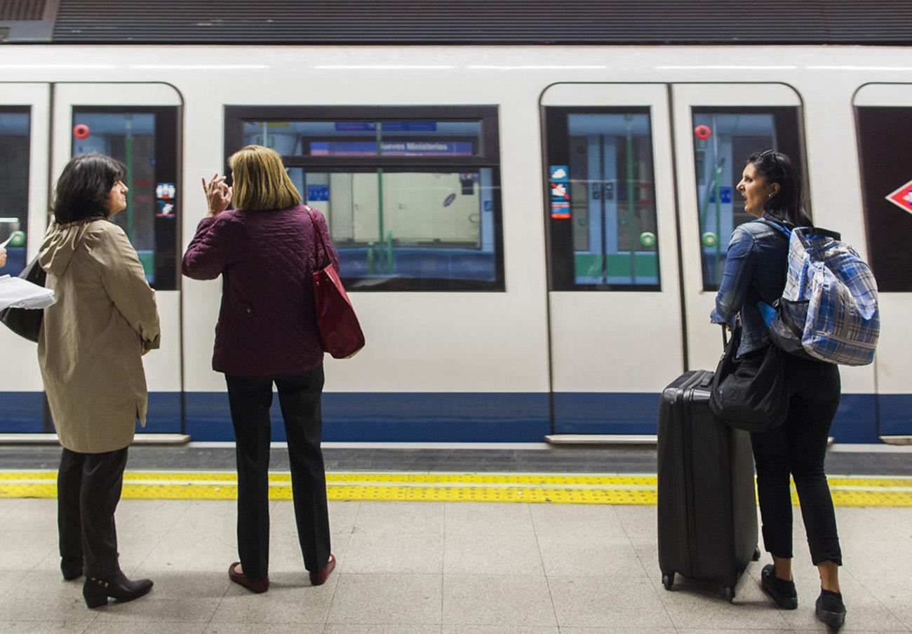FACUA Madrid critica que el Consorcio impida pasar el dinero del metrobús a las nuevas tarjetas Multi