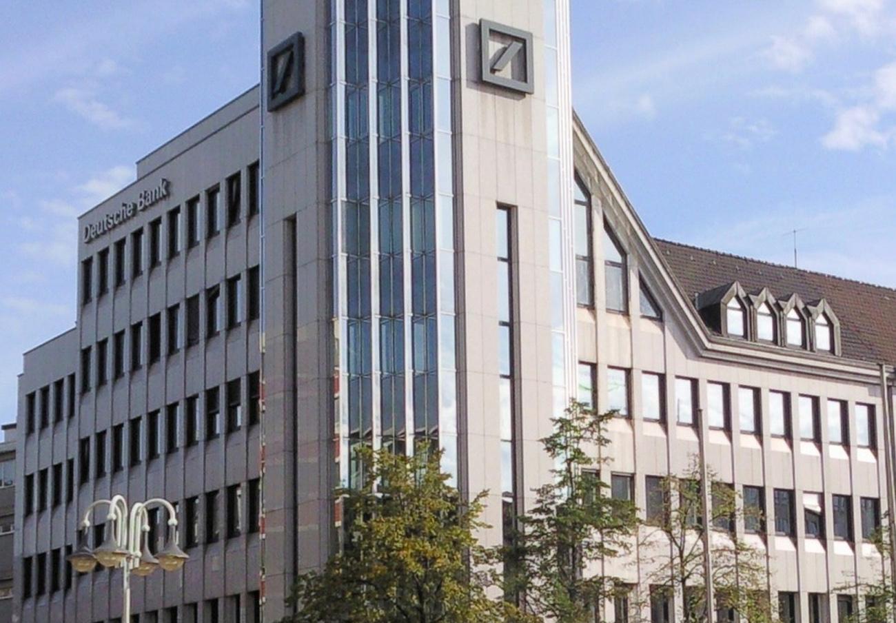 Deutsche Bank devolverá 3 millones a clientes de EEUU para acabar con una disputa de títulos hipotecarios
