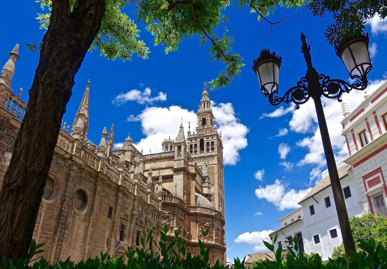 FACUA Sevilla exige al Ayuntamiento la inclusión de la organización en el Consejo Local de Turismo