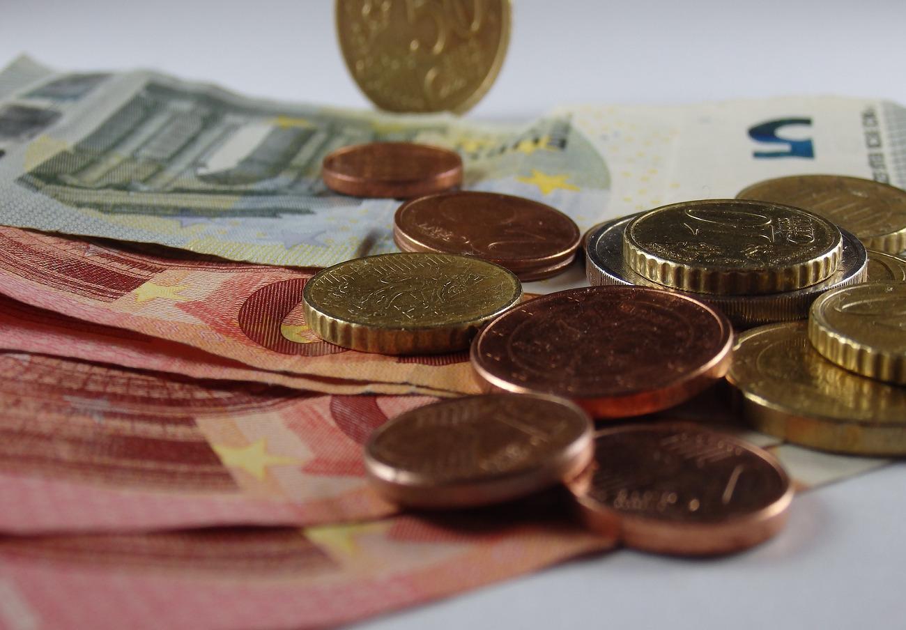FACUA Andalucía muestra su preocupación por la situación de la renta mínima de inserción social