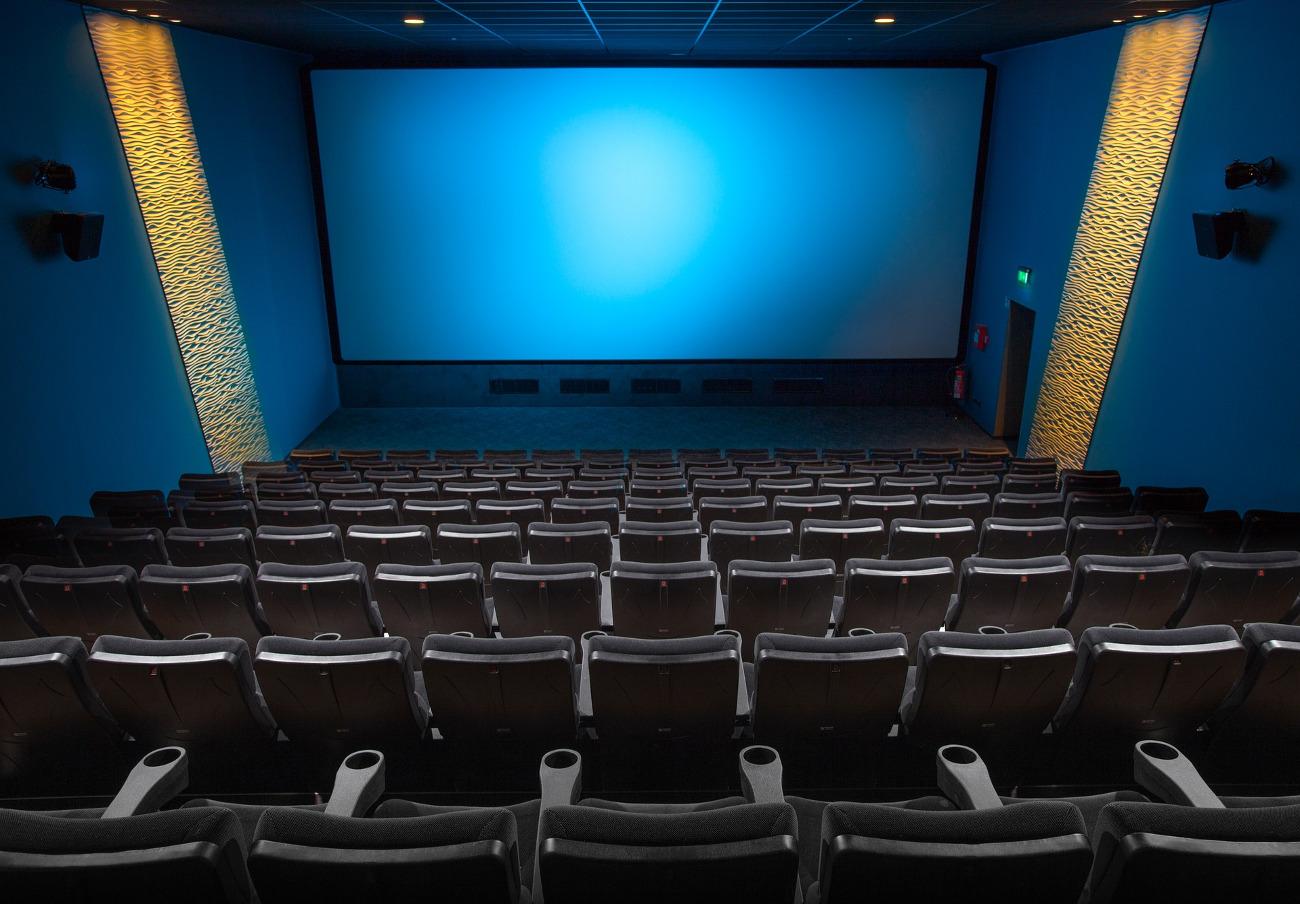 Madrid, Barcelona, Oviedo, Guadalajara y Vitoria son las capitales con los cines más caros, según un estudio de FACUA
