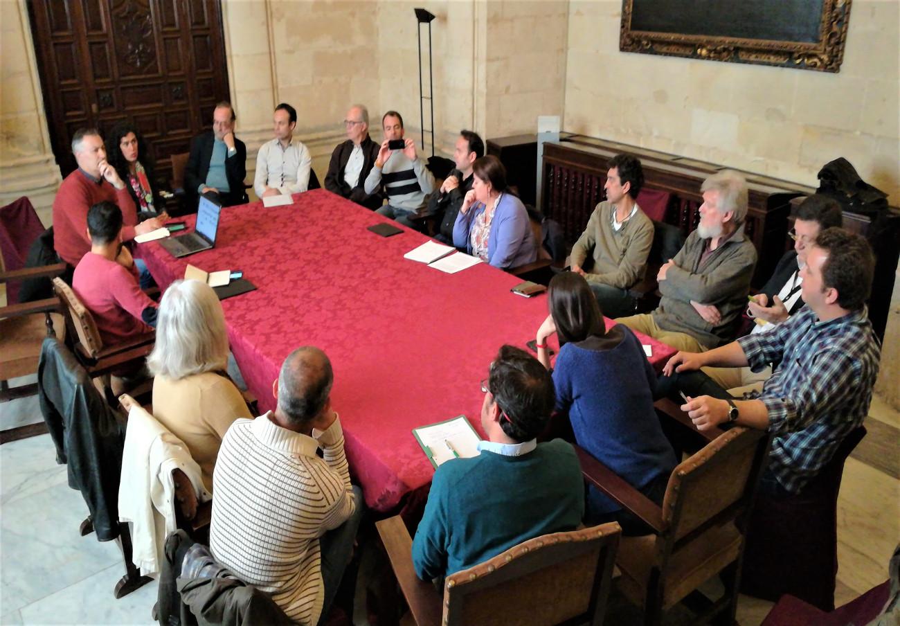 FACUA Sevilla y otras organizaciones piden al Ayuntamiento propuestas solventes ante el cambio climático