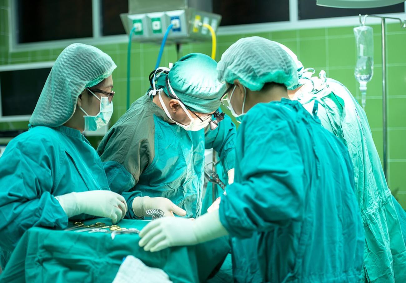 Condenan al Servicio Gallego de Salud por deficiencias en la información de consentimiento de una paciente que falleció