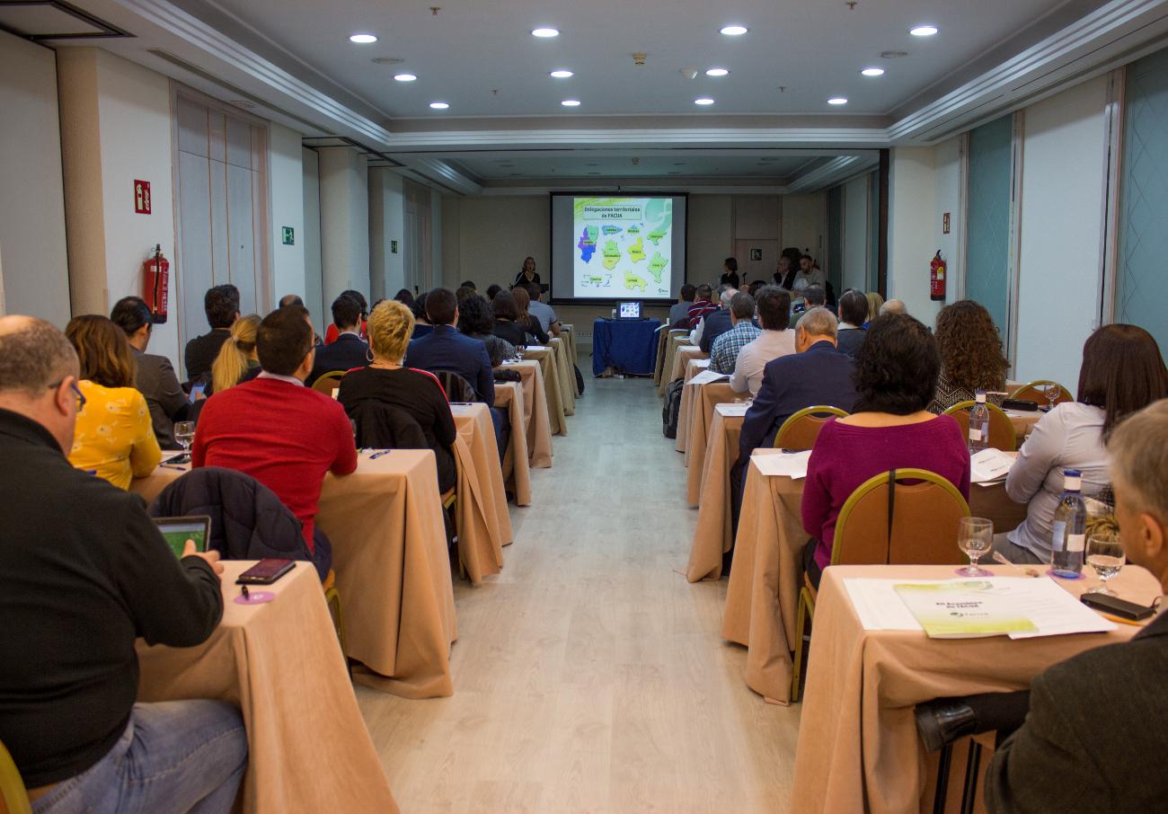Un momento de la Asamblea General de FACUA de 2018. | Imagen: Lydia López.