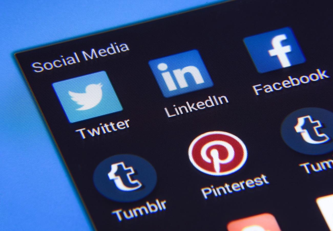 Un tribunal francés condena a Twitter a pagar 30.000 euros de multa por incluir cláusulas abusivas