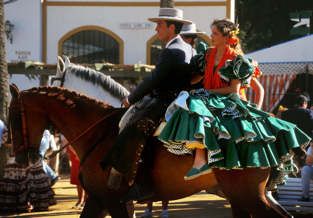 FACUA Cádiz pide al Ayuntamiento de Jerez que asuma sus competencias de control durante la Feria del Caballo